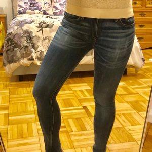 Rag & Bone low rise skinny stretch jean size 28